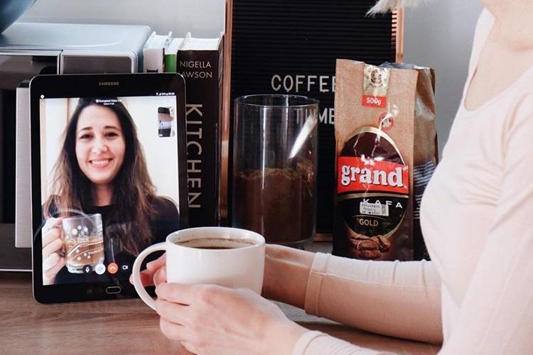 Podelite sa nama sa kim vi rado pijete kafu ovih dana i učestvujte u Grand kafa Izazovu!