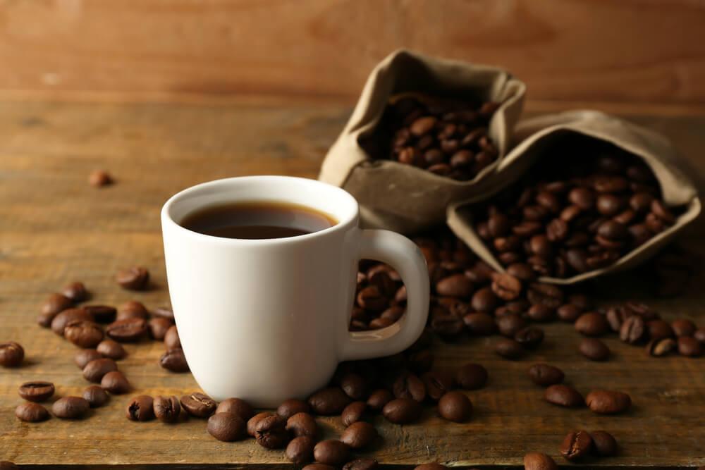 Ispijanje kafe može pomoći u lečenju raka debelog creva – tvrdi istraživanje