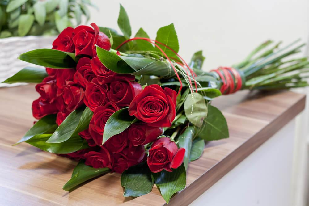 Izaberite ružu i saznaćete kada će vam se ostvariti želja koju ste davno zamislili!