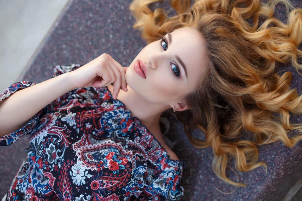 Dnevni horoskop – Vaga brine zbog posla, Jarac je posvećen partneru