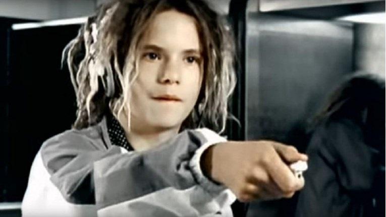 """Da li se sećate dečaka iz spota za pesmu """"Freestyler""""? Evo kako on danas izgleda"""