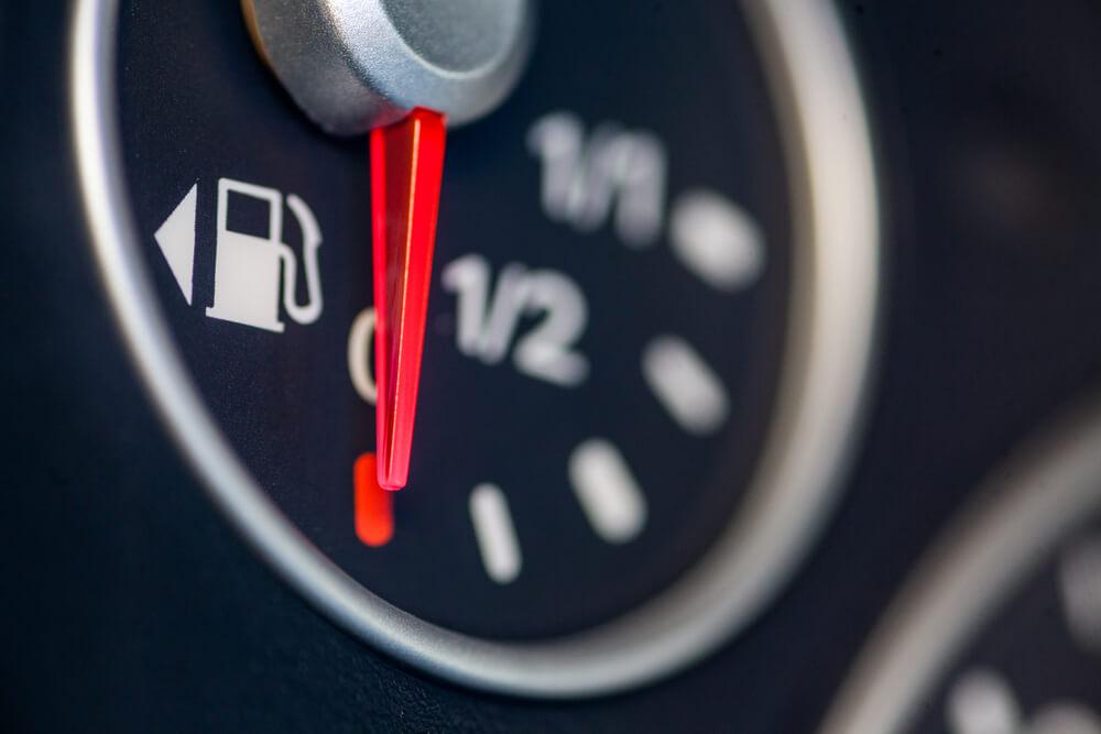 Koliko kilometara možete preći nakon što se na njemu upali lampica za gorivo?