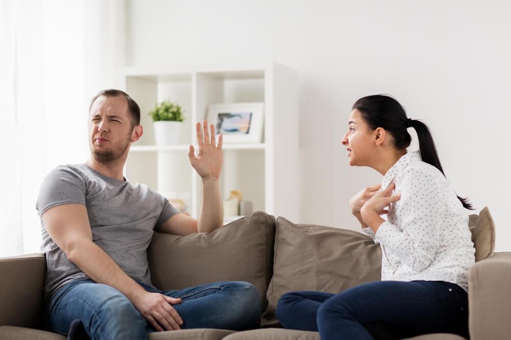 4 pitanja koje nikad ne bi trebalo da postavljate svom dečku