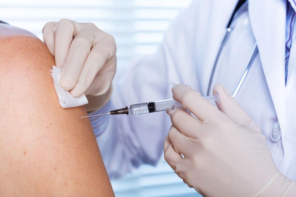 Predsednik Srbije objavio kada stiže vakcina protiv korone!