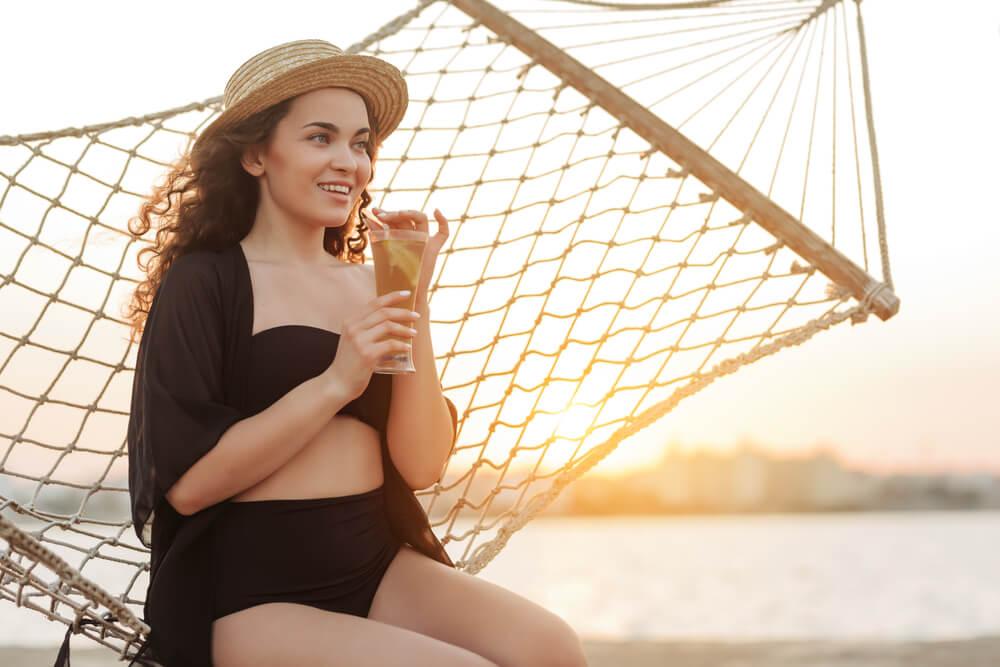 Top 7 kupaćih kostima koji će odvući pažnju s vašeg stomaka