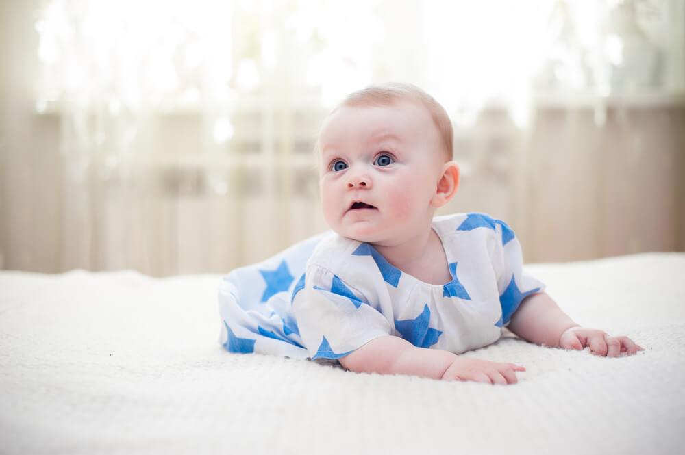 Stara sujeverja koja su aktuelna – zašto bebu ne treba niko da vidi prvih 40 dana?