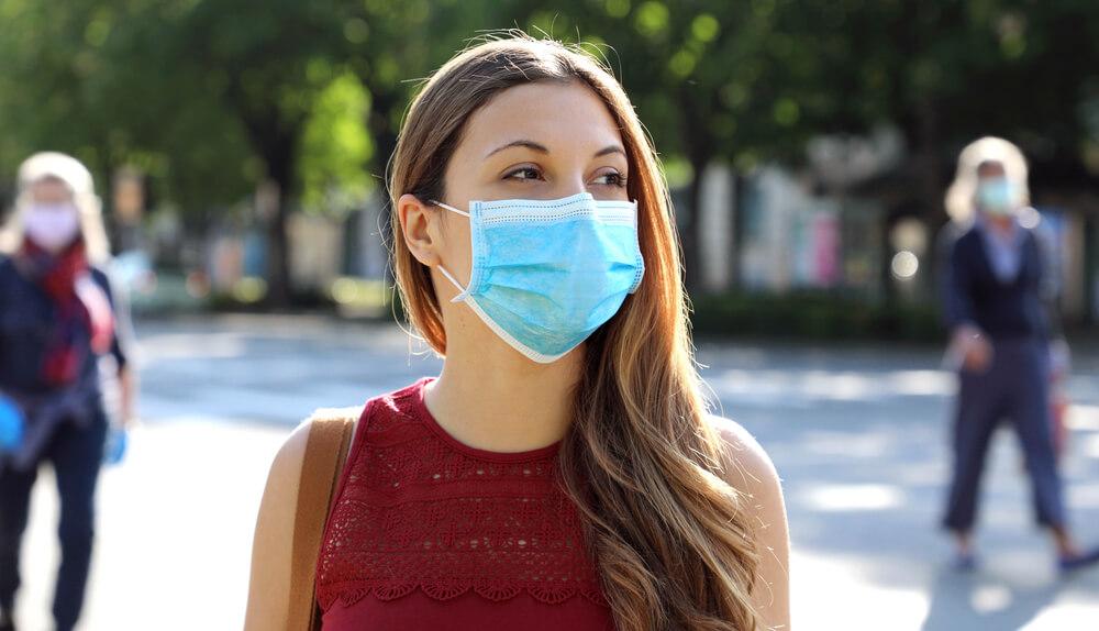 Evo kako da ne proključate od vrućine kada nosite zaštitnu masku