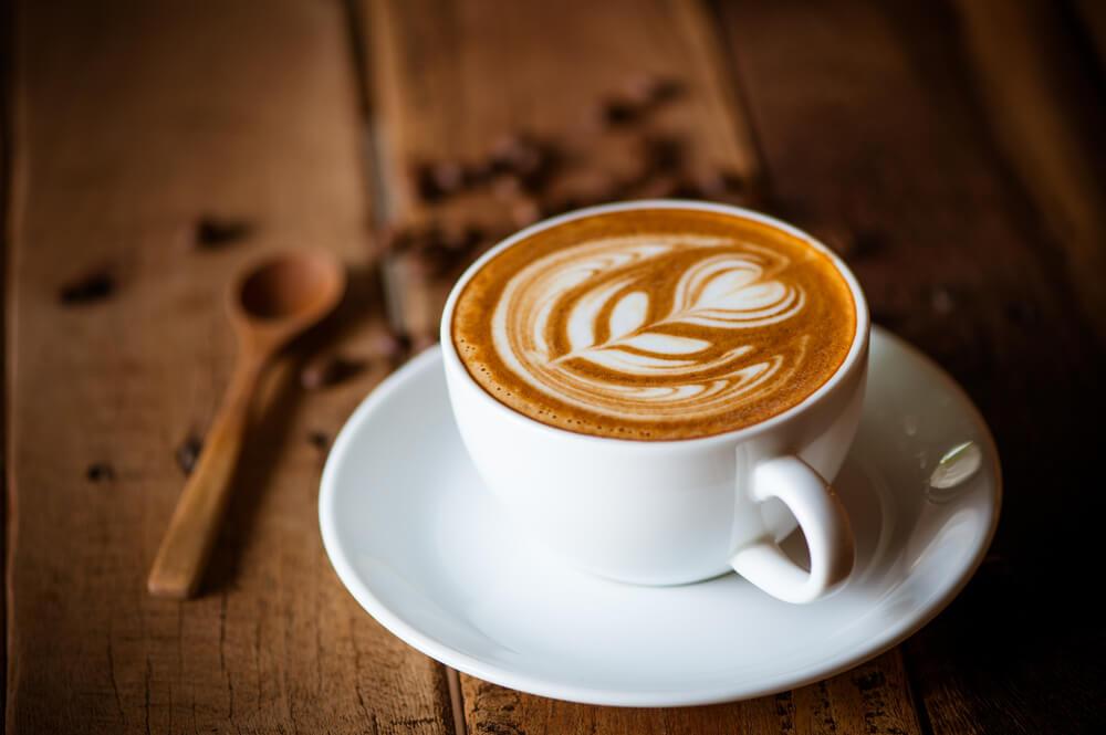 Evo koliko kalorija dnevno unosite ispijanjem kafe