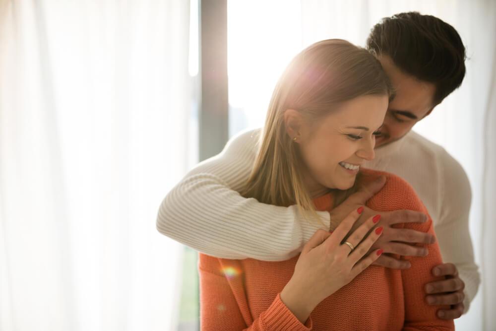 Zbog čega se sve više parova odlučuje da živi odvojeno čak i ako su venčani?