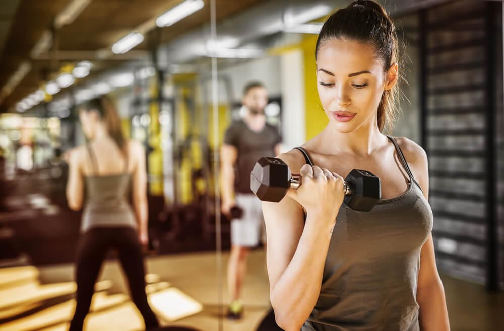 Vežbe za ruke možete od 12 minuta pomoću kojih vam ne treba odlazak u teretanu