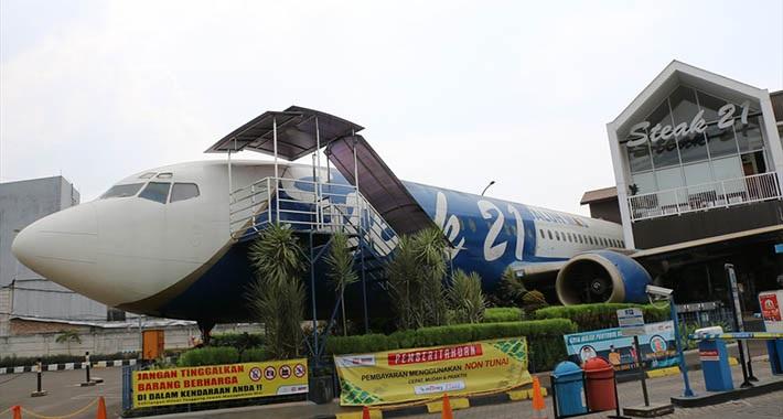 """Avion """"Boing 737"""" pretvoren u restoran!"""