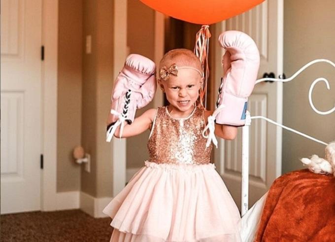 Četvorogodišnjakinja pobedila rak pa proslavila predivnim fotografijama