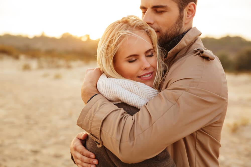 6 razloga zašto je grljenje zdravo – evo i koliko zagrljaja vam je neophodno svakog dana