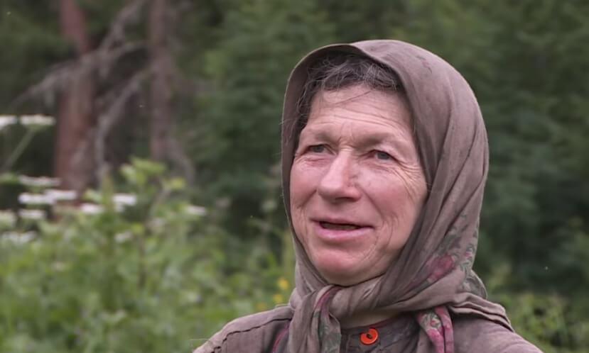Ona je najusamljenija žena na svetu: Živela je daleko od svih, okružena vukovima, a sad joj milijarder gradi kuću