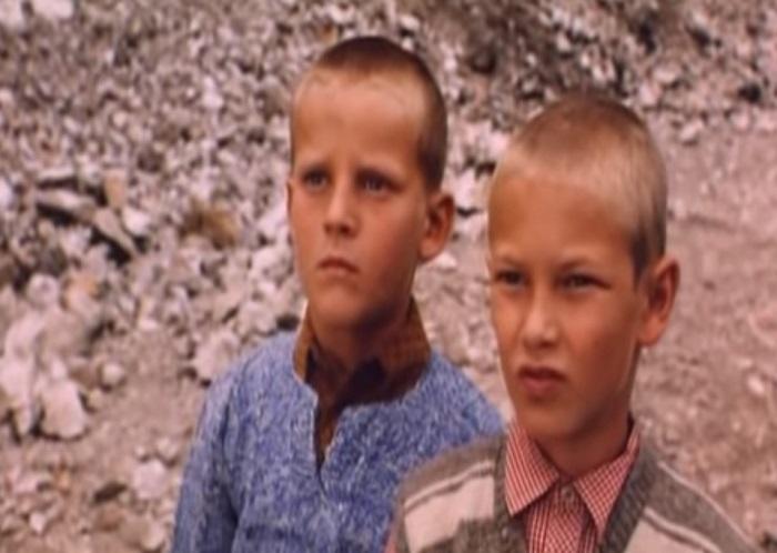 """Svi su ga dobro upamtili – evo kako danas izgleda mali Halil iz """"Lepa sela lepo gore""""!"""