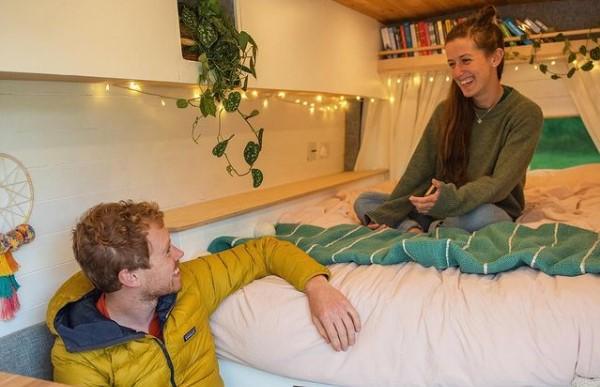 Ovaj par živi svoj san! Napravili su kuću na točkovima, sada rade i uživaju širom sveta