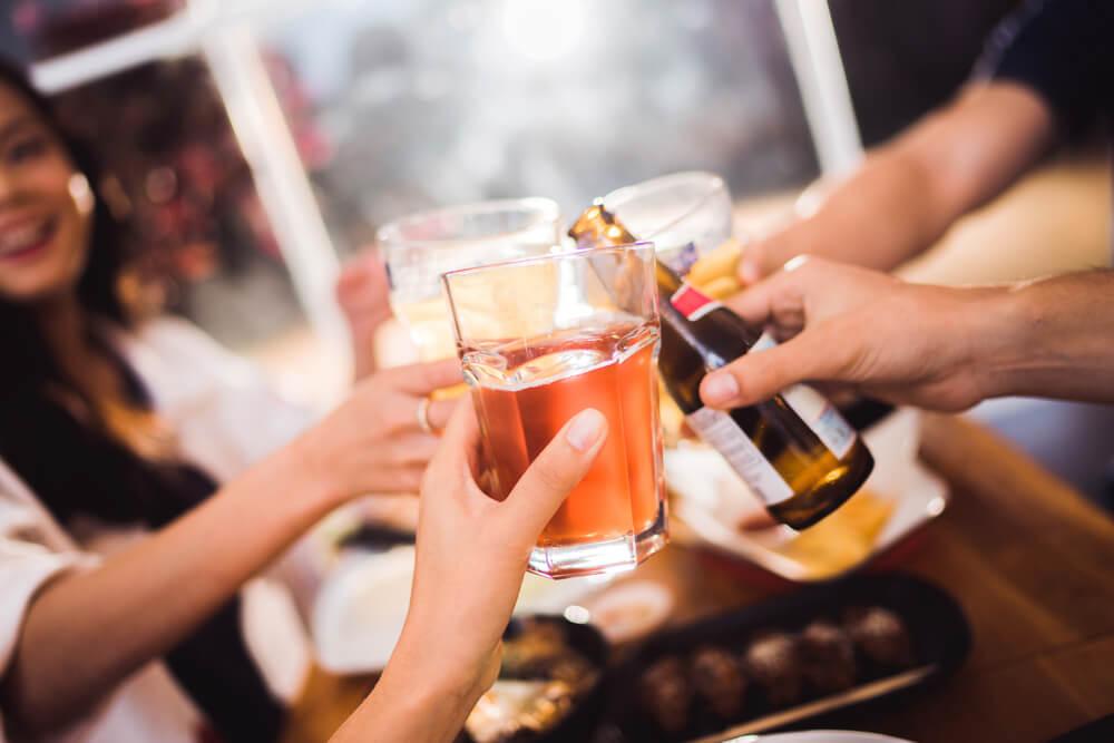 Umereno konzumiranje alkoholnih pića – da li je dobro za srce?