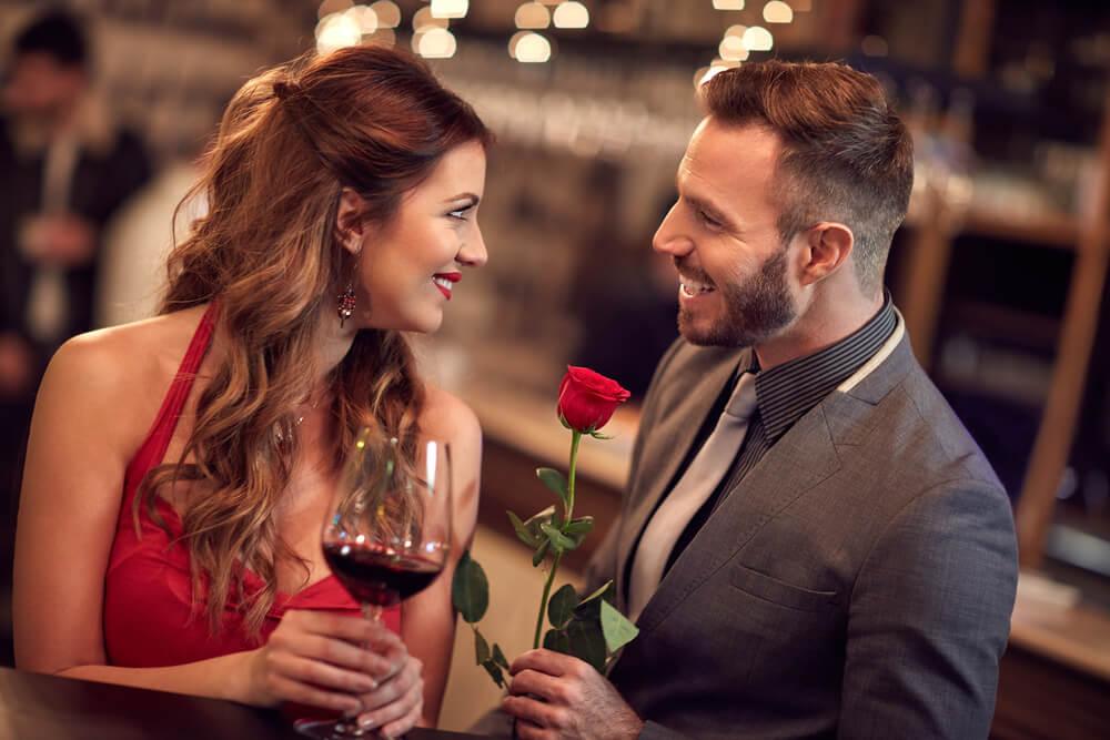 Velemajstori flerta – Muškarci rođeni u ovim znakovima lako osvajaju srca žena