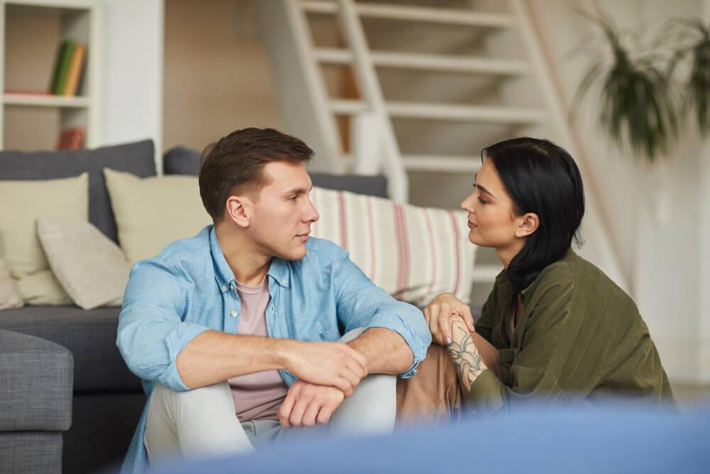 Kada muškarac ne misli iskreno – Otkrijte da li on želi da nastavi vezu i ima budućnost sa vama