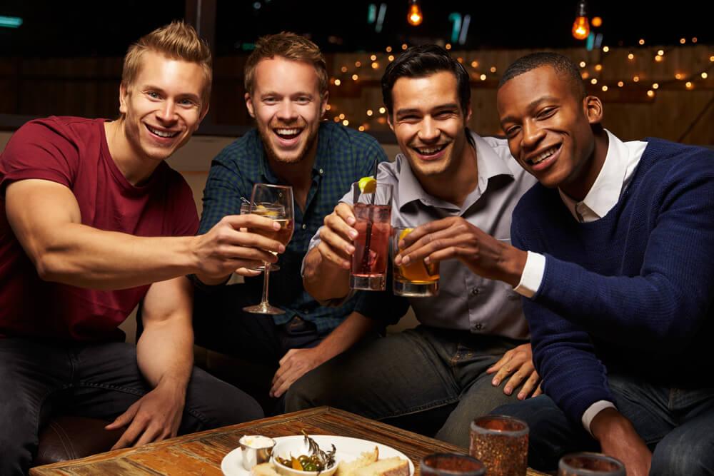 Obratite pažnju šta poručuje – Kako odabir pića definiše muškarca?