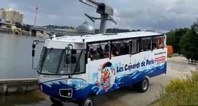 Autobus koji postaje brod je nova sjajna atrakcija za turiste u Parizu