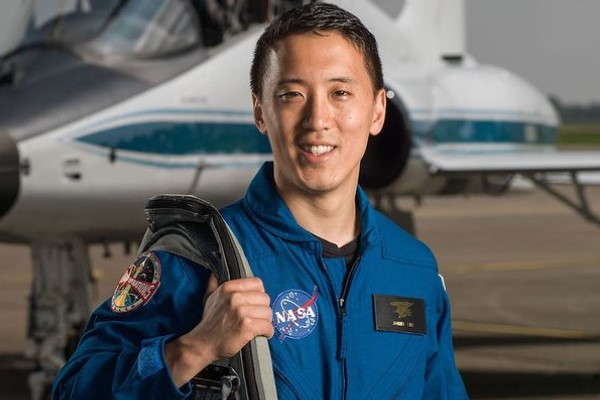 Džoni Kim – Upoznajte čoveka koji je sa 37 godina poručnik, lekar i astronaut