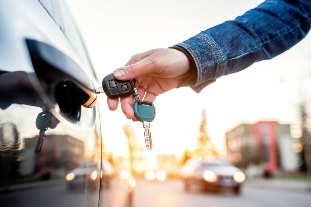 Kriju sjajne trikove – Ključevi automobila imaju neke opcije za koje verovatno niste znali
